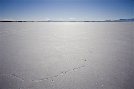 dirt - Bonneville Salt Flats Stock Photo - Rights-Managed, Code: 822-05554913