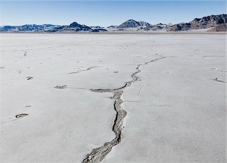 Bonneville Salt Flats Stock Photo - Rights-Managed, Code: 822-05554932