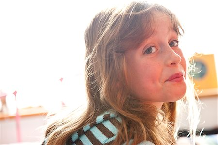 preteen  smile  one  alone - Girl Making Funny Faces Stock Photo - Rights-Managed, Code: 822-05555177