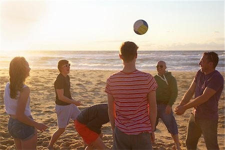Group of People Playing Volleyball on Beach Stock Photo - Rights-Managed, Code: 822-05948398