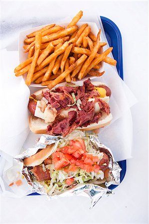 recipe - Sausage, Bacon and Salad Open Sandwiches Served with Fries Stock Photo - Rights-Managed, Code: 822-06302403