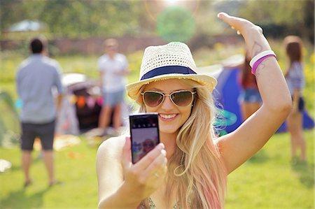 Teenage Girl Taking Self Portrait Photo Stock Photo - Rights-Managed, Code: 822-06702287