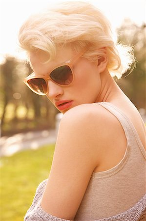 dark glasses - Young Woman Outdoors Stock Photo - Rights-Managed, Code: 822-07117423