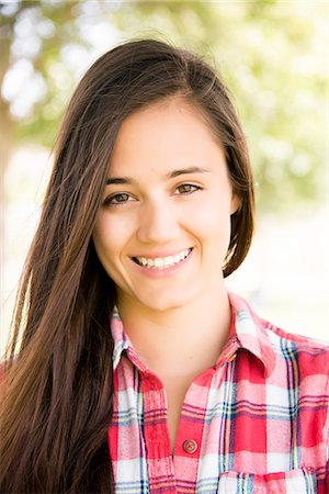 Portrait of Young Woman Smiling Stock Photo - Rights-Managed, Code: 822-07355564