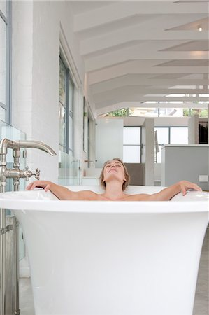 Woman Relaxing in Bathtub Stock Photo - Rights-Managed, Code: 822-07562666