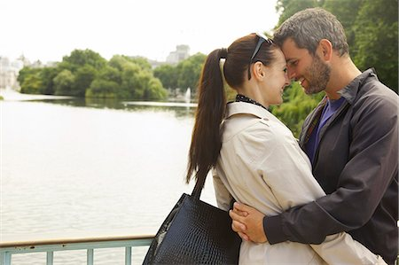 Couple Embracing, St. James's Park Lake, London, England Stock Photo - Rights-Managed, Code: 822-08122549