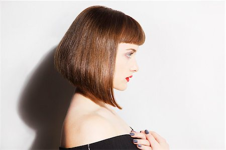 Profile of Young Woman with Bobbed Hair Stock Photo - Rights-Managed, Code: 822-08122643