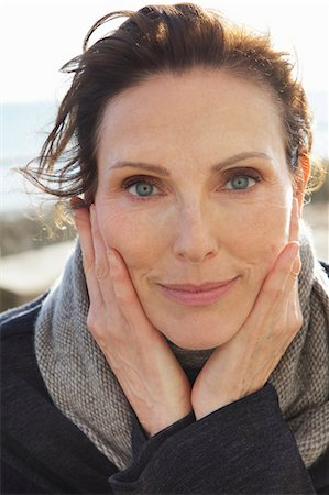 Close up Portrait of Mature Woman Stock Photo - Rights-Managed, Code: 822-08353608