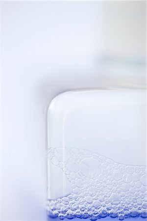 personal care - Close up of a liquid soap dispenser Stock Photo - Rights-Managed, Code: 822-02738918