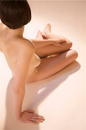 Back view of a nude woman Stock Photo - Rights-Managed, Code: 822-03407014