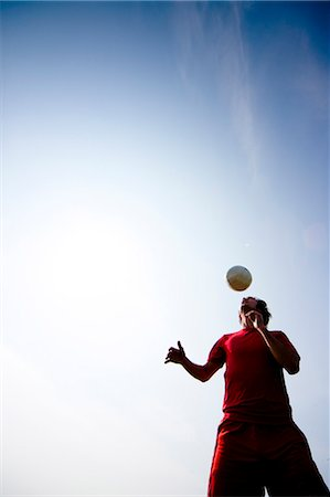 dynamic - Soccer player heading ball Stock Photo - Rights-Managed, Code: 822-03485266