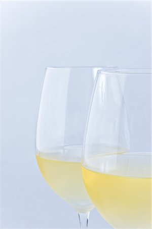 Two Glasses of White Wine Stock Photo - Rights-Managed, Code: 822-03780698