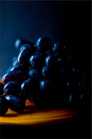 Black Wine Grapes Stock Photo - Rights-Managed, Code: 822-03780718