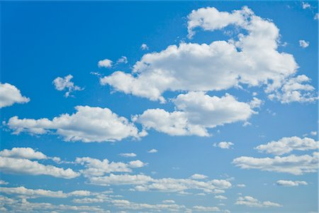 fluffy - Low angle view of clouds in the sky Stock Photo - Rights-Managed, Code: 837-02379763
