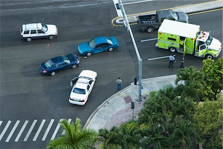 dangerous accident - High angle view of a car accident on a highway, John F. Kennedy Causeway, Miami, Florida, USA Stock Photo - Rights-Managed, Code: 837-02382232