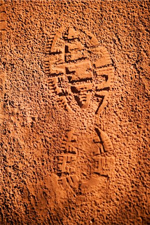 High angle view of shoe print in mud,Sedona,Arizona,USA Stock Photo - Rights-Managed, Code: 837-03069530