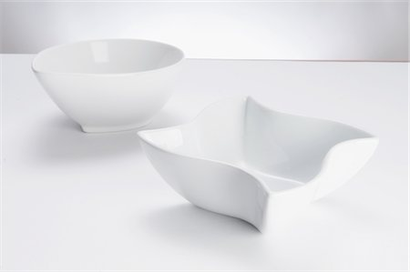 Close-up of two white ceramic bowls Stock Photo - Rights-Managed, Code: 837-03185297