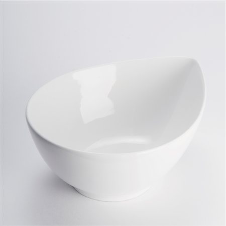 Close-up of a white ceramic bowl Stock Photo - Rights-Managed, Code: 837-03186271
