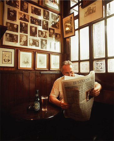 saloon - Dublin, Co Dublin, Ireland, Pub, Man Reading A Newspaper Stock Photo - Rights-Managed, Code: 832-03639937