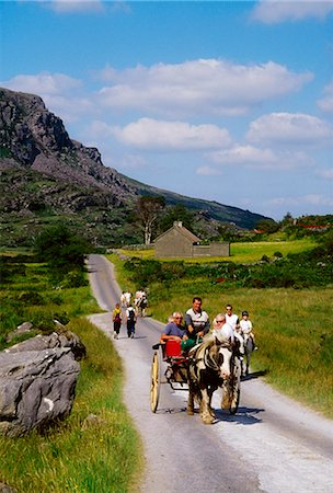 Gap Of Dunloe, Killarney National Park, County Kerry, Ireland; Horse And Buggy Stock Photo - Rights-Managed, Code: 832-03640193
