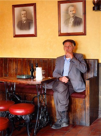 Ireland, Older Man Drinking In A Pub Stock Photo - Rights-Managed, Code: 832-03640218