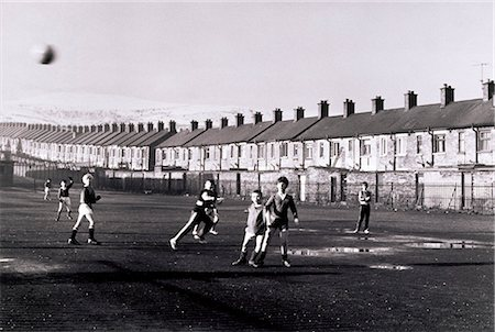 Belfast, Children Playing, Ardoyne North Belfast, Stock Photo - Rights-Managed, Code: 832-03640787