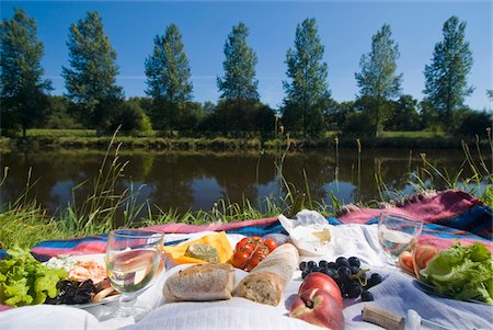 Picnic on the banks of the Nantes Brest canal, Low Angle View Stock Photo - Rights-Managed, Code: 832-03724541