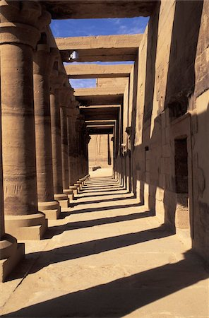 Peristyle in ancient Egyptian temple Stock Photo - Rights-Managed, Code: 832-03724612