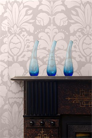 floral pattern - Home Interior Details. Vases on Mantlepiece Stock Photo - Rights-Managed, Code: 845-05837670