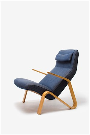 Grasshopper Lounge Chair, Finnish, 1946, manufactured by Knoll. Designer: Eero Saarinen Stock Photo - Rights-Managed, Code: 845-05837817