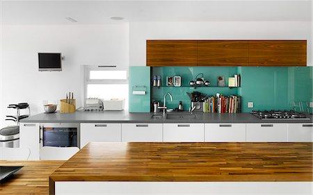Modern kitchen work surfaces, Paul Archer Design, London, UK. Architects: Paul Archer Design Stock Photo - Rights-Managed, Code: 845-05838051
