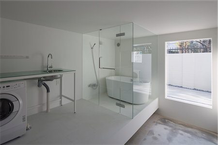 House T, Apartment House, View of the bathroom in apartment unit A. Architects: Tsuyoshi Shindo, Be-Fun Design, Kenji Nawa, Nawakwnji-m Stock Photo - Rights-Managed, Code: 845-05839536