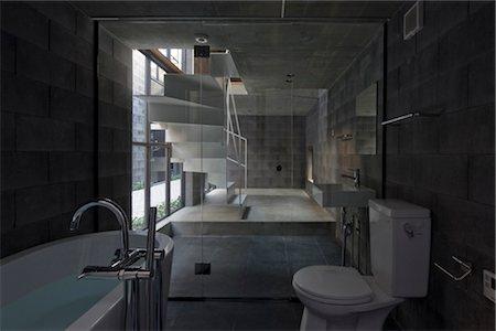 Sekisokyo, row house, Bathroom. Architects: Yukio Asari and Love Architecture Stock Photo - Rights-Managed, Code: 845-05839546