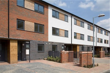 Housing estate in Stonegrove, Edgware, Middlesex, UK. Architects: Calford Seaden Stock Photo - Rights-Managed, Code: 845-06007977