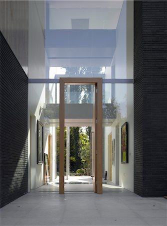Double height entrance to Pond and Park House, Dulwich, London, UK. Architects: Stephen Marshall Stock Photo - Rights-Managed, Code: 845-06008052