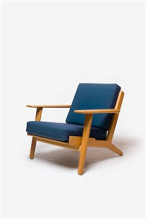 GE-290 Armchair, Danish, 1960s, manufactured by Getama. Designer: Hans J Wegner Stock Photo - Rights-Managed, Code: 845-06008162