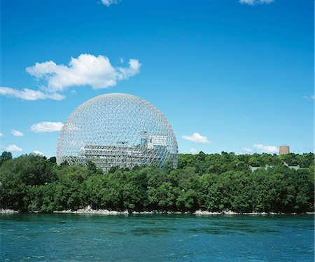 filigree tree - Biosphere, Restored American Pavilion Expo '67, St Helen's Island, Montreal, 1967. Architect: Buckminster Fuller and Shoji Sadao Stock Photo - Rights-Managed, Code: 845-02727028