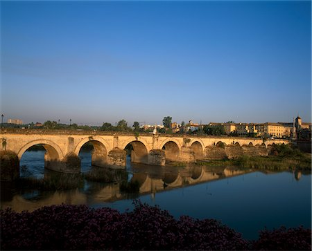 puentes - Roman bridge, Cordoba, Spain. Stock Photo - Rights-Managed, Code: 845-02729372