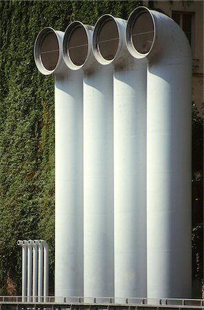 pipework - IRCAM, Paris, 1971 - 1977. Architects: Renzo Piano and Richard Rogers Stock Photo - Rights-Managed, Code: 845-03464098