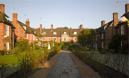 residential - Corringham Road, Hampstead Garden Suburb, London. Stock Photo - Rights-Managed, Code: 845-03720278
