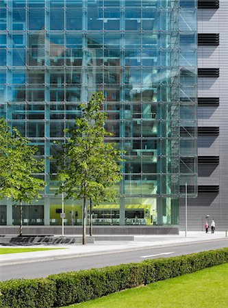 Manchester Civil Justice Centre. Architects: Denton Corker Marshall Stock Photo - Rights-Managed, Code: 845-03720564