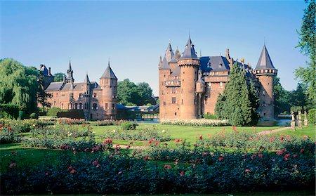 Utrecht, Haarzuilens, De Haar castle, built in 1900 by architect P.H.J.Kuijpers Stock Photo - Rights-Managed, Code: 845-03720997