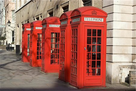 Old-fashioned red telephone boxes, Broad Court, near the Royal Opera House, Covent Garden, London, WC2, England Stock Photo - Rights-Managed, Code: 845-03721225