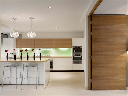 Open plan kitchen with breakfast bar, private House, Worsley. Architects: Stephenson Bell Stock Photo - Rights-Managed, Code: 845-03777451