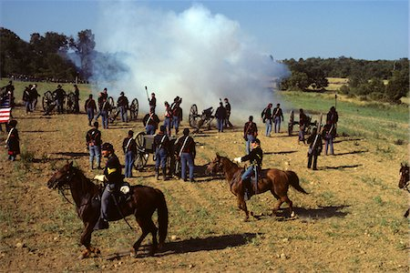 recreation - 1980s AMERICAN CVIL WAR REENACTMENT 1863 BATTLE OF GETTYSBURG PENNSYLVANIA USA SOLDIERS CAVALRY AND ARTILLERY Stock Photo - Rights-Managed, Code: 846-05645726