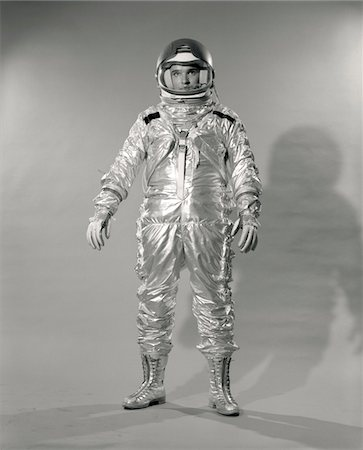 1960s STANDING FULL LENGTH PORTRAIT OF ASTRONAUT IN SPACE SUIT AND HELMET Stock Photo - Rights-Managed, Code: 846-05645899