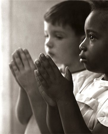 right - 1960s - 1970s TWO CHILDREN PRAYING SUNDAY SCHOOL Stock Photo - Rights-Managed, Code: 846-05646492