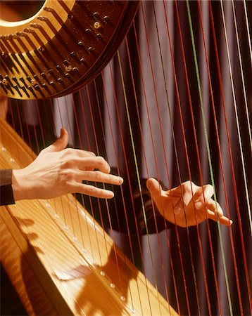 1960s MUSICAL INSTRUMENT DETAIL HANDS PLUCKING PLAYING HARP STRINGS Stock Photo - Rights-Managed, Code: 846-05647248