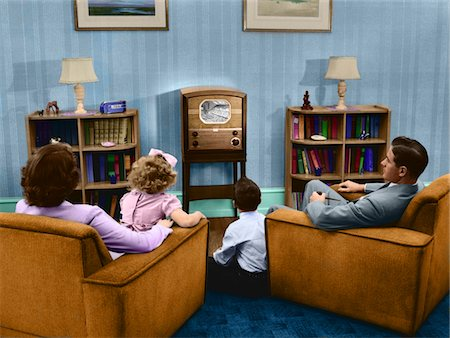 1940s - 1950s FAMILY WATCHING TV IN LIVING ROOM Stock Photo - Rights-Managed, Code: 846-05647357