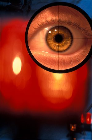 scope - EYE IN CROSSHAIRS OF GUN SCOPE Stock Photo - Rights-Managed, Code: 846-05647471